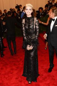 Are we done hating Anne Hathaway? I vote yes after this look.